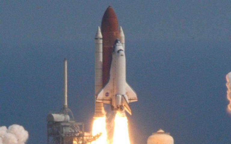 スペースシャトル